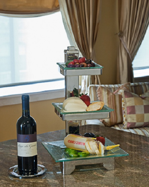 3 Tier Square Glass Stand and Wine Coaster